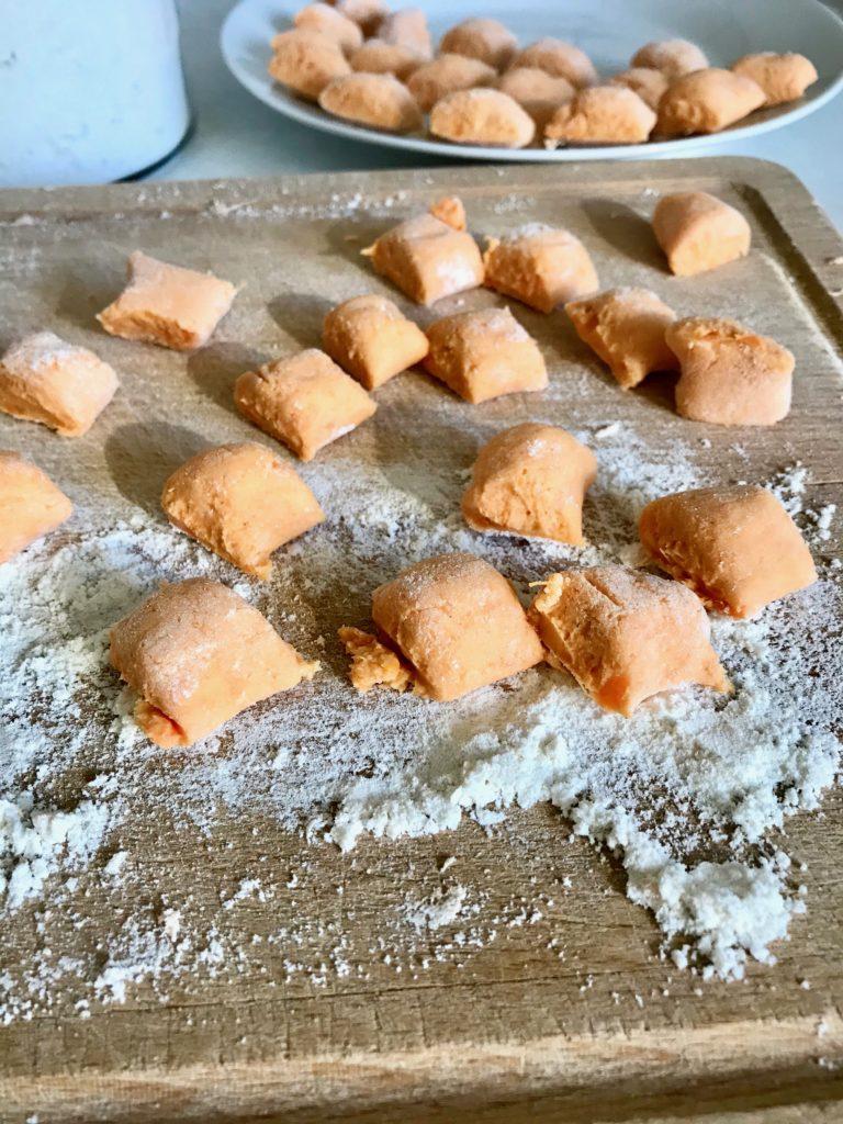 """Buchtipp: """" My Little Green Kitchen"""" von Sylwia Gervais: Süßkartoffelgnocchi"""