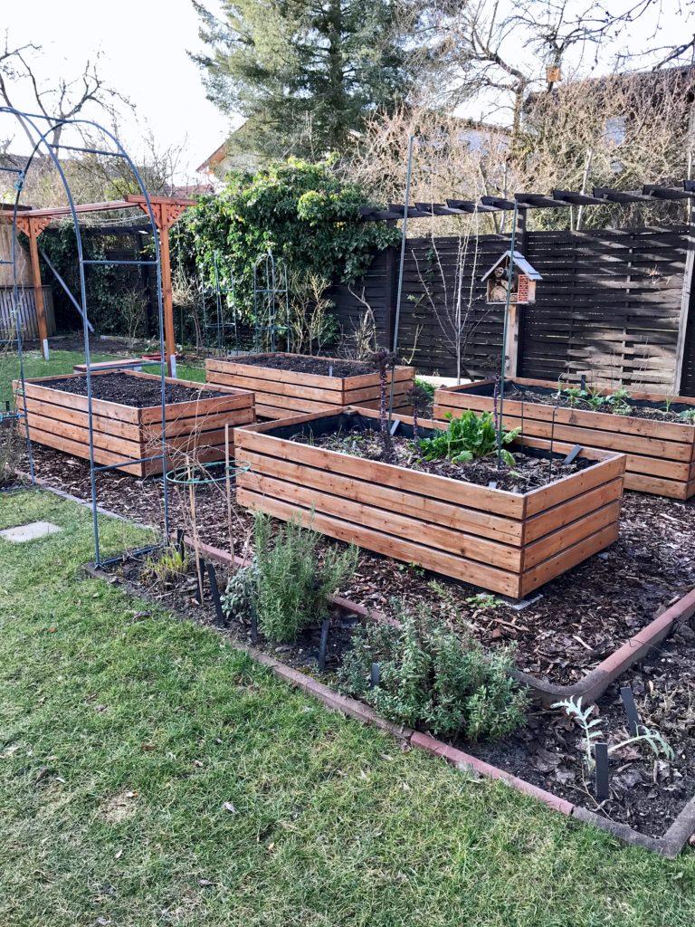 Vom kleinen Glück: Gartenarbeit