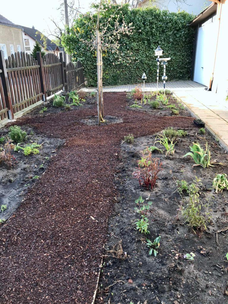 Vom kleinen Glück: ein Gartenrundgang